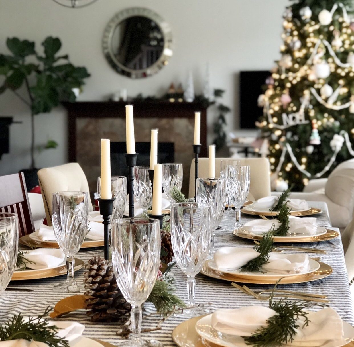 Holiday Dinner Party Hosting