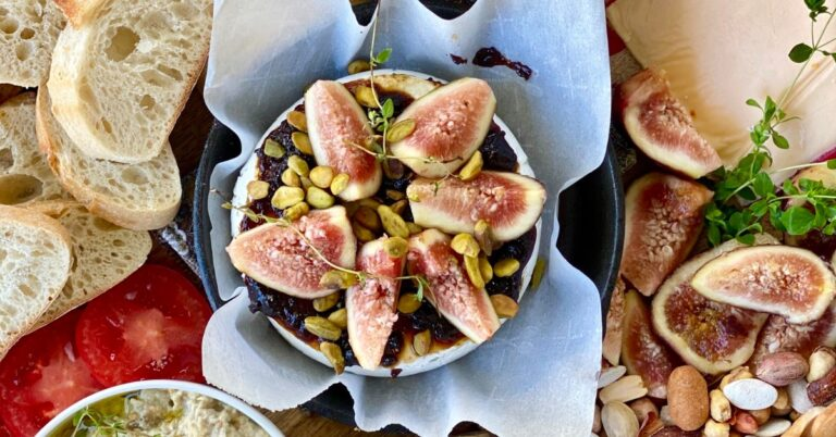Baked Brie with Figs and Nuts