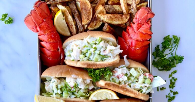 Lobster Rolls with Fresh Lobsters Tails