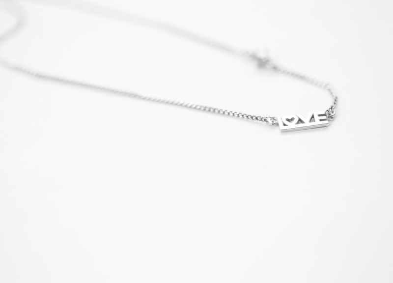 jewelry trends - meaningful jewelry